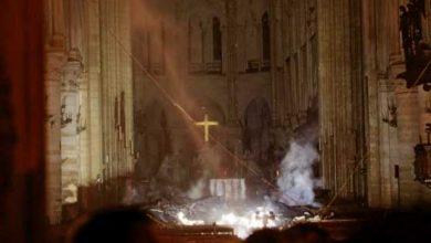 Photo of Cadena humana sacó las reliquias de Notre Dame