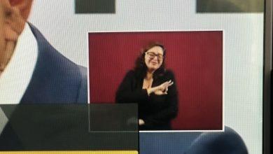 Photo of La mayoría está feliz: 10 frases de AMLO en el lenguaje de señas