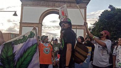 Photo of Histórico: 'fumada masiva' de marihuana en las calles de León