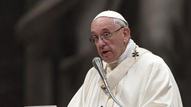 Photo of El Papa suspende la Misa de Año Nuevo por una ciática