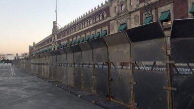 Photo of Muralla al 8-M en Palacio Nacional